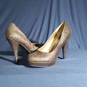Size 8.5 Madden Girl sparkly heels